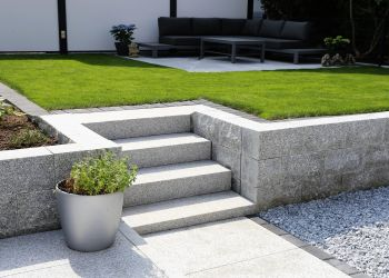 Signs That You Need Professional Landscaping Expertise