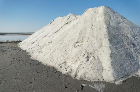 Bulk Road Salt - Legends Landscape Supply Inc